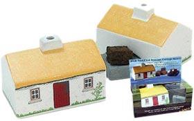 Keramik-Cottage mit Original Torffeuer