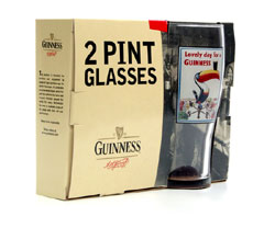 Guinness-Pints mit Flying Toucan