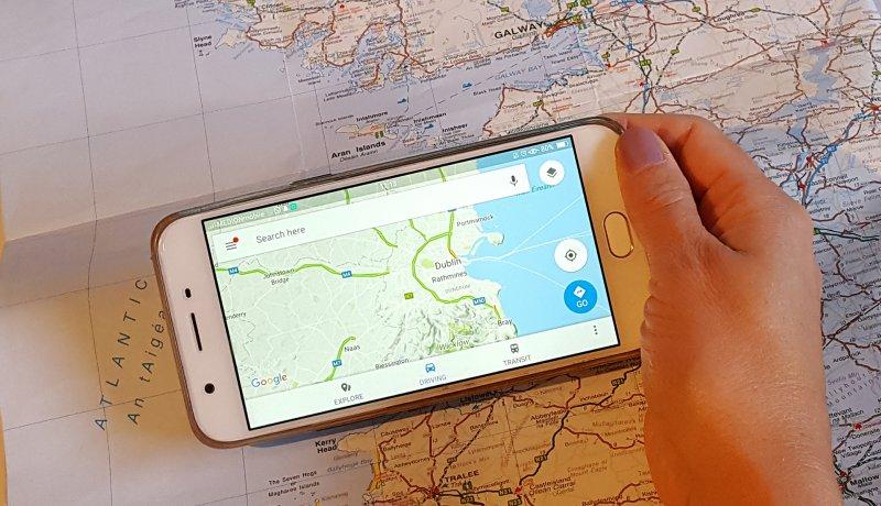 Landkarte oder Navi